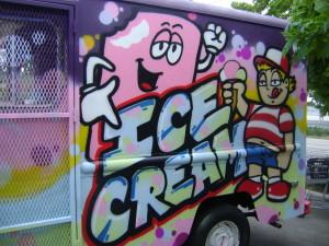 Dee Dee's Ice cream
