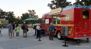 Downtown-Disney-Food-Trucks-15